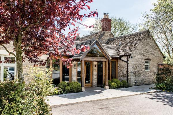 Hotel Pictures: The Crown of Crucis Country Inn and Hotel, Cirencester