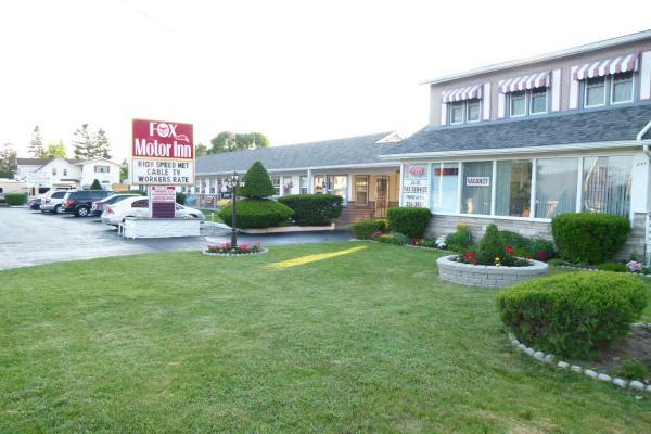 Hotel Pictures: Fox Motor Inn, Napanee