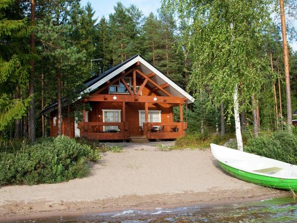 Hotel Pictures: Lomakeskus Tommolansalmi, Tommola