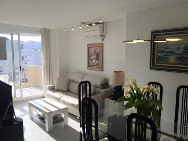 Hotel Pictures: Duplex Mediterraneo, Talamanca
