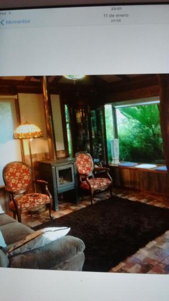 Hotel Pictures: Cabañas Pétalos, Villarrica