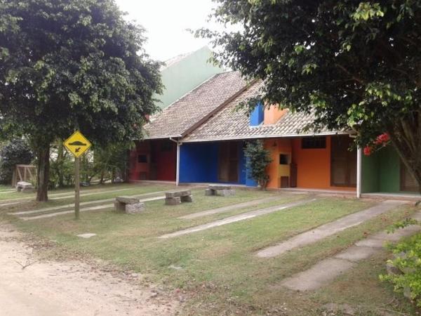 Hotel Pictures: Pousada Cores do Mar, Imbituba