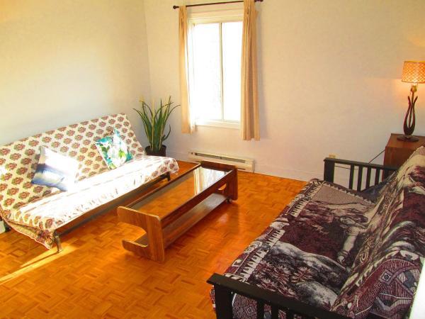 Hotel Pictures: Apartment Old Sainte Rose, Sainte-Rose
