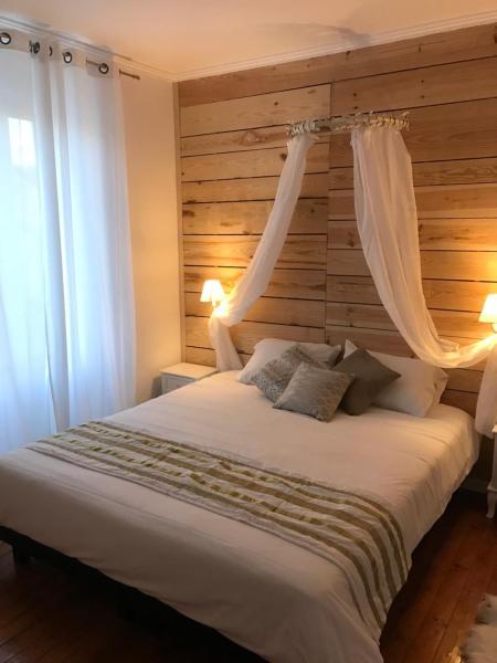 Hotel Pictures: L'hostellerie de Sèvremont, Saint-Michel-Mont-Mercure