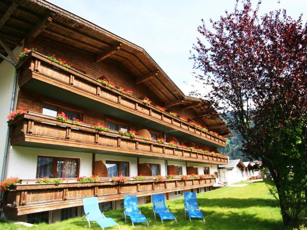 Fotos de l'hotel: first mountain Hotel Zillertal, Aschau