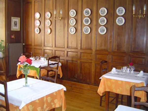 Hotel Pictures: LE CORNEILLE, La Mothe-Saint-Héray