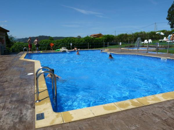 Hotel Pictures: Camping Colombres, Colombres