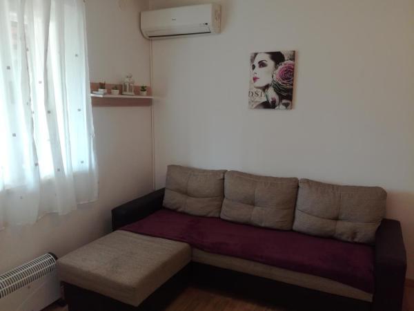 Hotel Pictures: Dama Apartment, Biograd na Moru