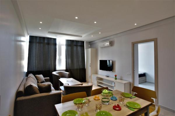Hotel Pictures: Apartments In The City Center, Yerevan