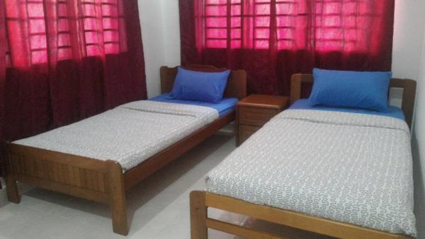 Foto Hotel: Adalea Homestay, Kampong Senibong