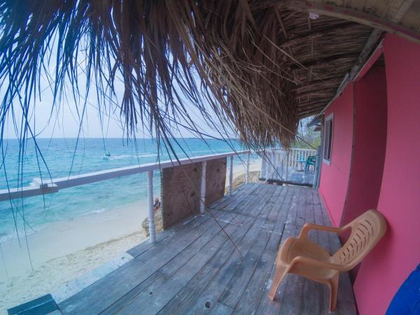Hotel Pictures: Hostal Acapulco, Playa Blanca