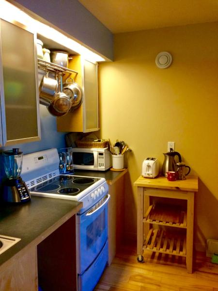Hotel Pictures: Kluane Green Sprout Vacation Home, Haines Junction