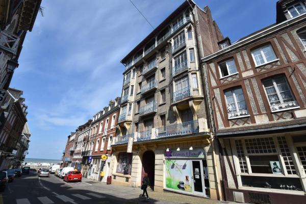 Hotel Pictures: Ets Levillain-Hotel les Caletes, Le Tréport