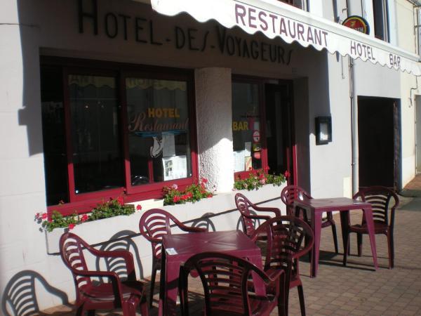 Hotel Pictures: Hôtel Restaurant Les Voyageurs, Saint-Florent-des-Bois