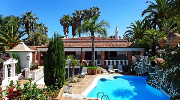 Hotel Pictures: Villa Los Pinos, La Matanza de Acentejo