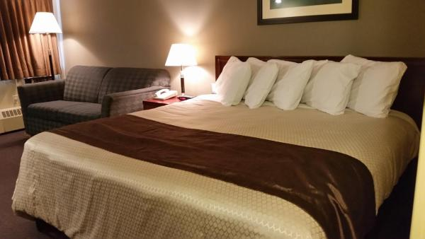 Hotel Pictures: Broadway Lodge Hotel, Yorkton