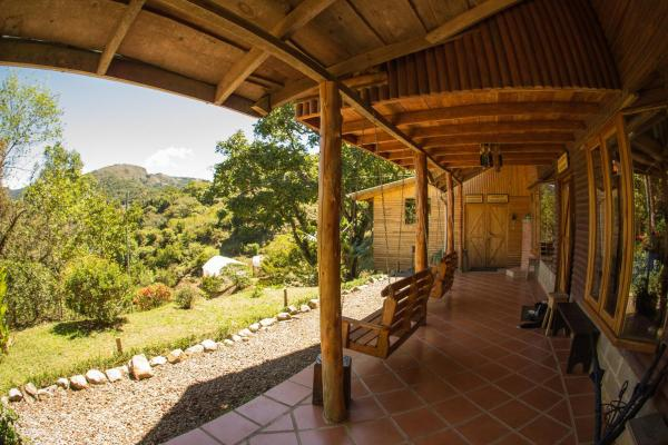 Hotel Pictures: Cedrela Eco-Lodge, Copey