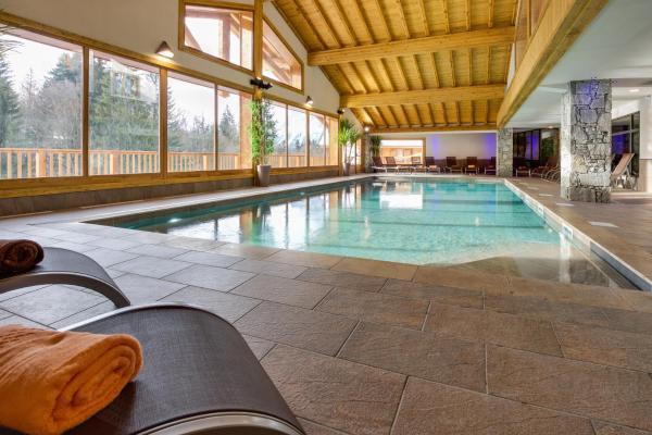 Hotel Pictures: CGH Résidences & Spas Les Chalets de Léana, Les Carroz dAraches