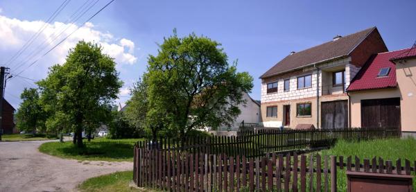 Hotel Pictures: Dům u Stolárny, Březová