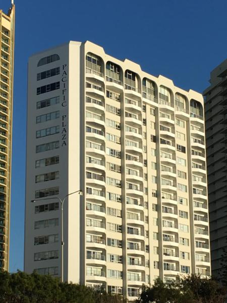 Hotel Pictures: Pacific Plaza Apartments, Gold Coast