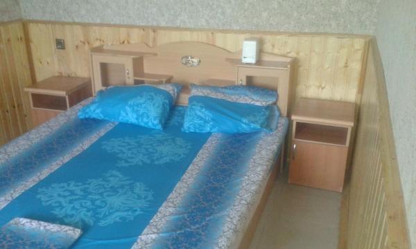 ホテル写真: Hotel Tri Brata, Nabran