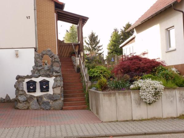 Hotel Pictures: Ferienwohnung Schanbacher, Beerfelden