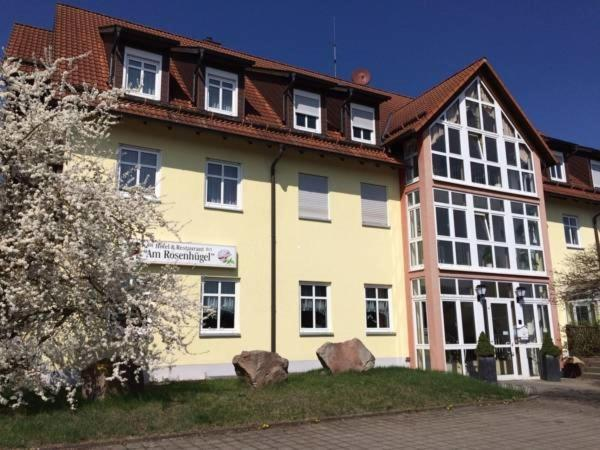 Hotelbilleder: Hotel Garni am Rosenhügel, Jüchsen