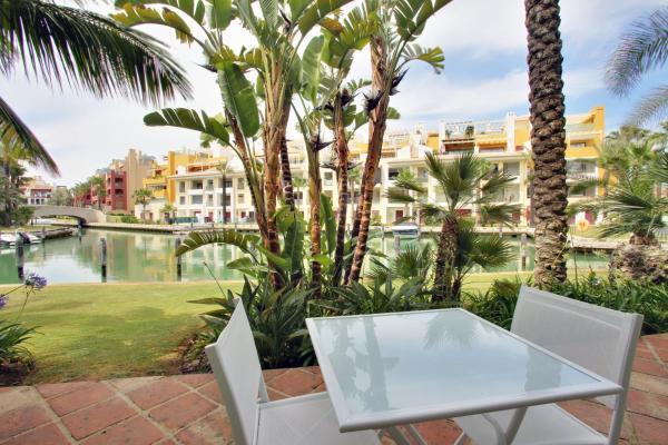 Hotel Pictures: Isla Tortuga, Sotogrande