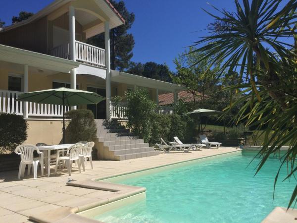 Hotel Pictures: L'Eden, Lacanau