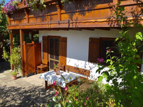 Hotel Pictures: Chiemsee-Ferienwohnungen, Traunstein