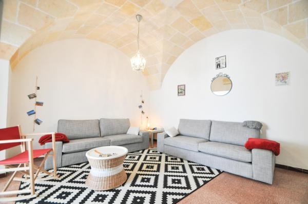 Hotel Pictures: Casa con terraza San Pere Alcántara, Cala en Forcat