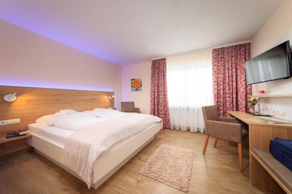 Hotel Pictures: Erkheimer Landhaus, Erkheim