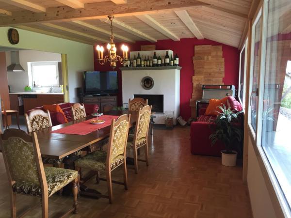 Hotel Pictures: Ferienwohnung Obstgarten, Sommeri