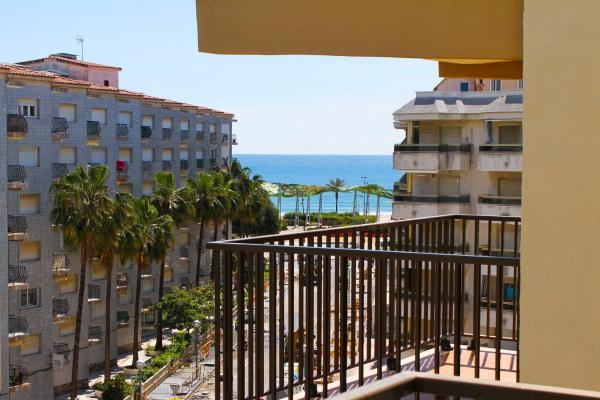 Hotel Pictures: Corona, La Pineda