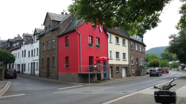 """Hotel Pictures: Vakantiehuis """"het rode huis"""", Treis-Karden"""