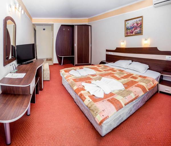 Foto Hotel: Guest House Kristal, Ravda