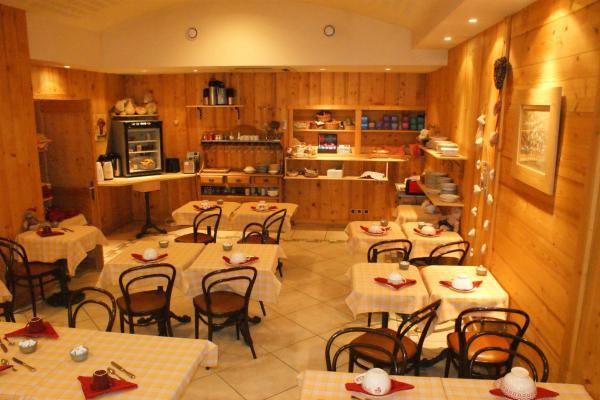 Hotel Pictures: Hotel Blanc, Marigny-Saint-Marcel