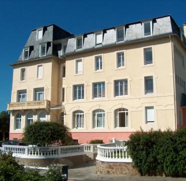 Hotel Pictures: Residence des Bains, Carantec