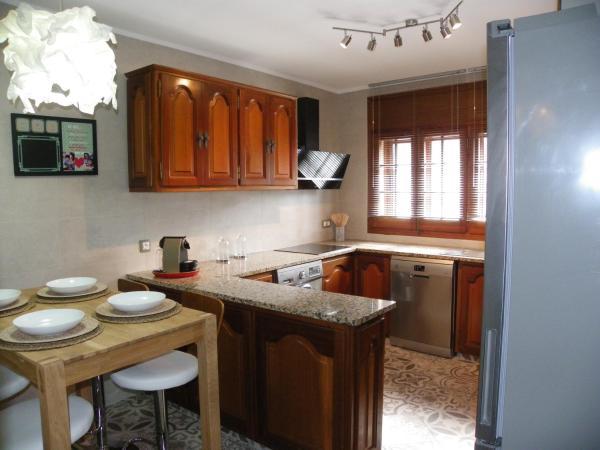 Hotel Pictures: Casa Serena, Torroella de Montgrí