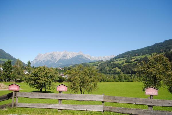 Fotos do Hotel: Familien-Bauernhof Neumoar, Sankt Johann im Pongau