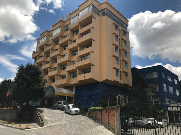 Hotel Pictures: Hotel Savoy Inn, Quito