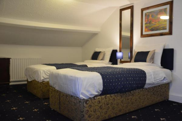 Hotel Pictures: Crown Lodge Guest House, Reading