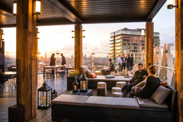 Hotel Pictures: Novotel London Canary Wharf, London