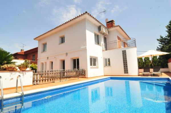 Hotel Pictures: Casa Ammiel, Premia de Dalt