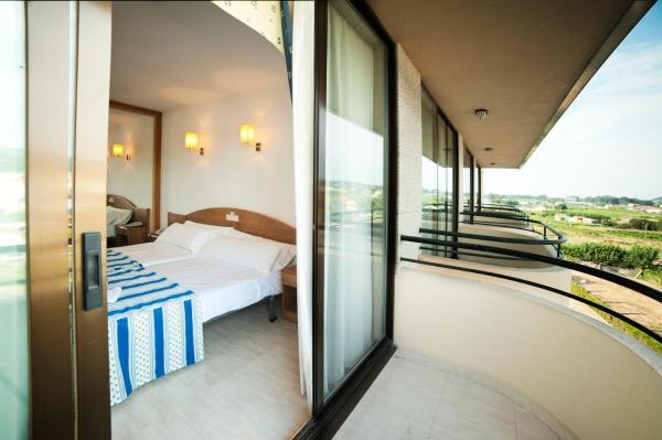Hotel Pictures: Hotel Ría Mar, Villalonga