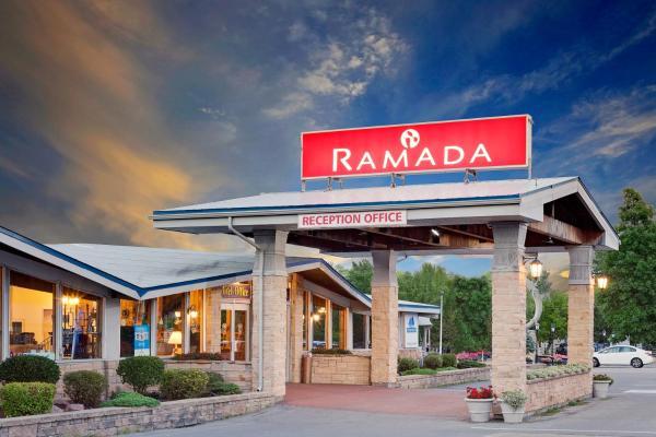 Hotel Pictures: Ramada Provincial Inn, Gananoque
