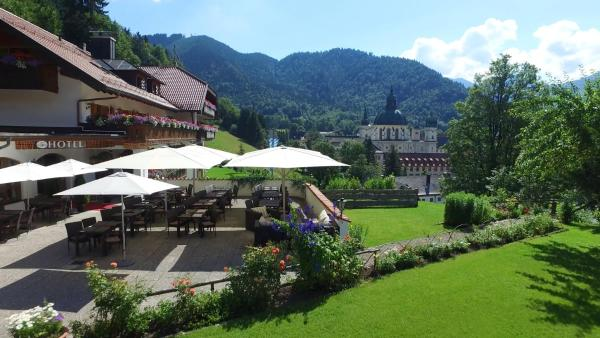 Hotel Pictures: Hotel Blaue Gams ***S, Ettal