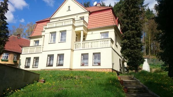 Hotel Pictures: Apartment Villa Mimosa, Stráž pod Ralskem