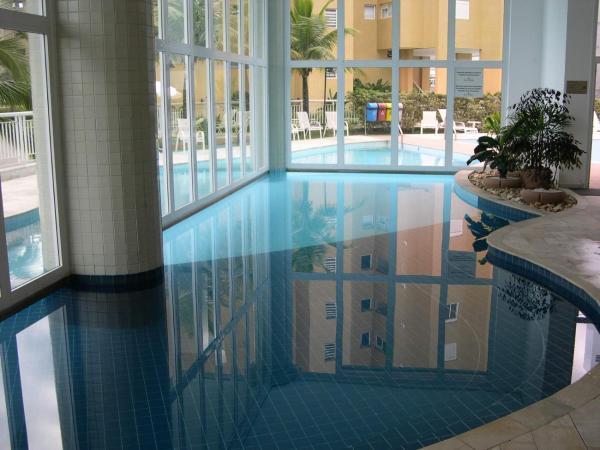 Hotel Pictures: Apartamento Riviera, Bertioga