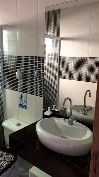 Hotel Pictures: Casa em Buzios - Praia Rasa, Tamoios
